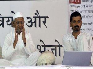 Anna Hazare Arvind Kejriwal Back Together