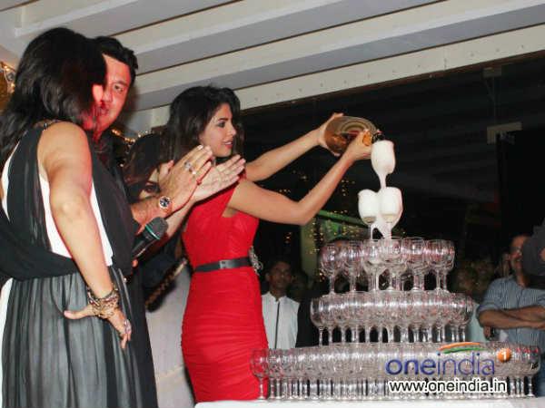 Priyanka Chopra Babli Badmaash Song Launch
