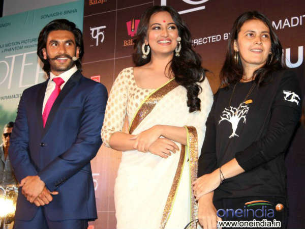 See Pics Lootera First Look Launch Event
