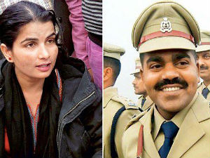 Slain Dsp S Wife Joins As Officer In Up Police