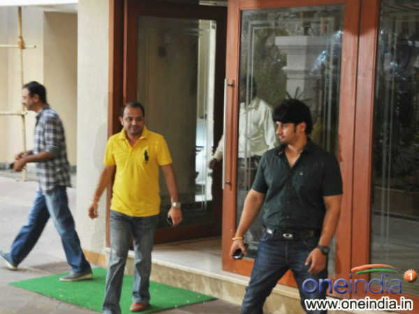 Sanjay Dutt Residence Filled With Bollywood Celebrities