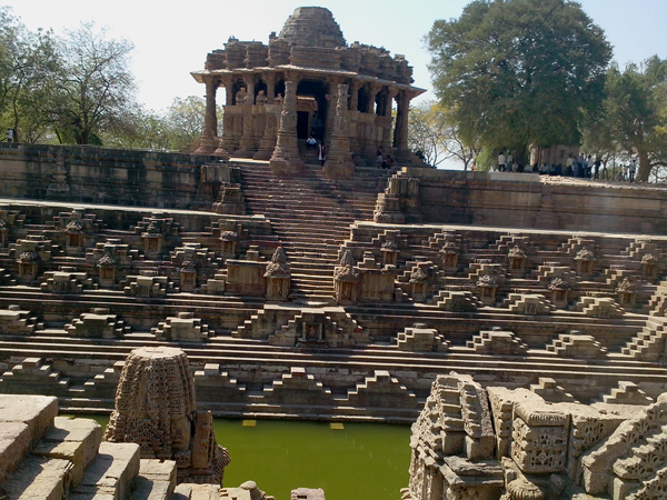Gujarat S Ancient Peaceful Place Modhera Sun Temple