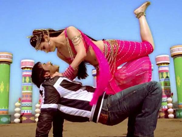 Himmatwala Film Review