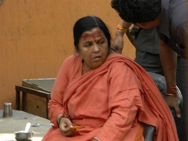 Robert Vadra Go Jail If Nda Comes Power Says Uma Bharti Lse