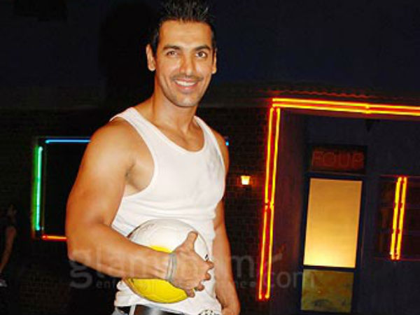 Football Freak John Abraham Chalks Out Plan Fifa Final