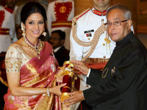 President Of India Give 108 Padma Awards Today