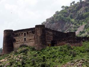 Bhangarh Most Haunted Place India Aid