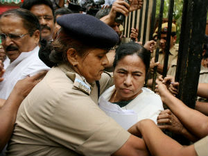 After Didi Heckled West Bengal On The Boil