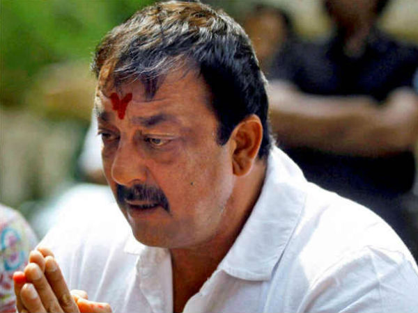 Suprime Court Grant One Month Relief To Sanjay Dutt