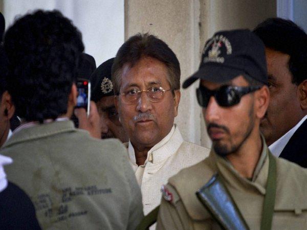 Pak Ex President Musharraf Whisked Away From Court