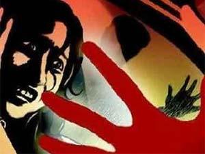 Delhi Acp Suspended For Slapping Protestor In Hospital