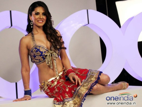Sunny Leone Barred Perform Cage Dance Dubai Night Club