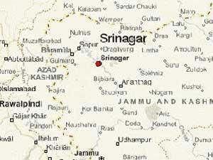 Terrorists Attack Police Check Post In Srinagar