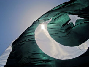 Pak Cautions Its Citizens Over Travelling To India