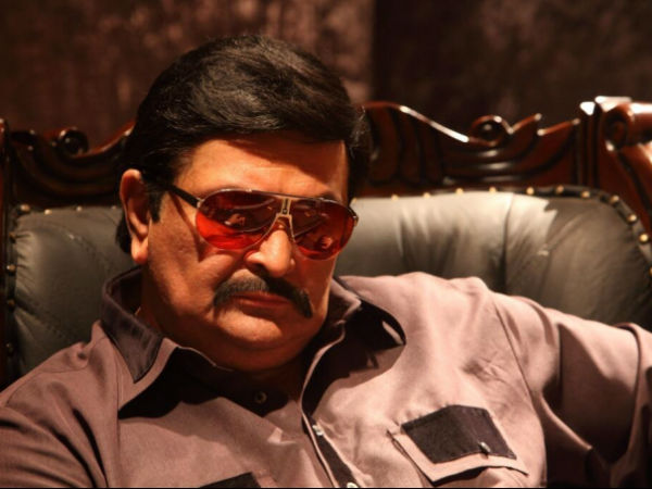 Rishi Kapoor Play Dawood Ibrahim Nikhil Advani D Day