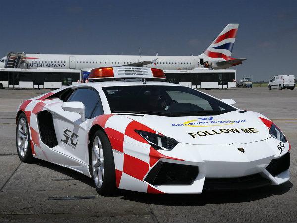 Lamborghini Aventador Turns Bologna Airport Taxi
