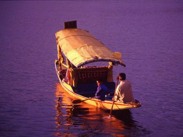 Dal Lake Jewel The Crown Kashmir
