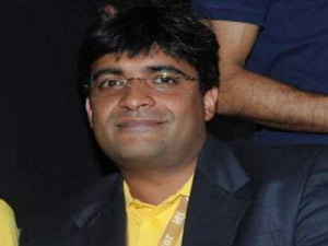 Mumbai Police Summon Csk Owner