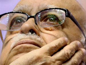 Advani Accepts Bjp Parliamentary Board Decision
