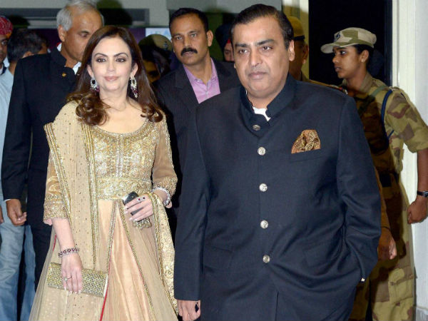 Ril Invest Rs 1 8 Lakh Crore 3 Years