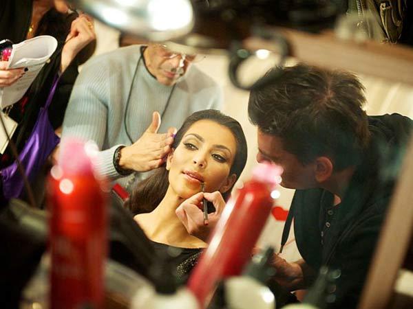 Kim Kardashian Daughter Looks Like Her Name Begins K