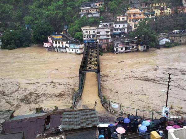 Gujarati People Trapped Uttarakhand Disaster