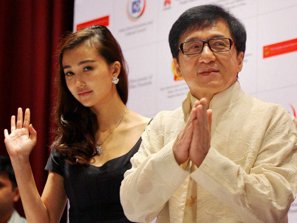 Namaste Jackie Chan Gives Back Love To Indian Fans