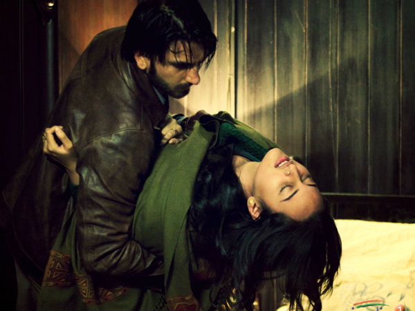 Dad Shatrughan Eager Watch Sonakshis Lootera