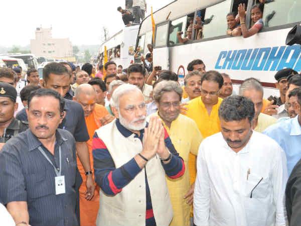 Narendra Modi Rescues 15000 Gujaratis From Uttarakhand