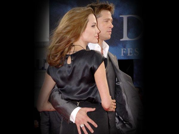 Angelina Jolie Brad Pitt Wed On Ship