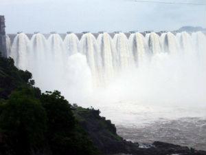 Narmada Dam Is Overflow Coastal Villages Has Been Alerted