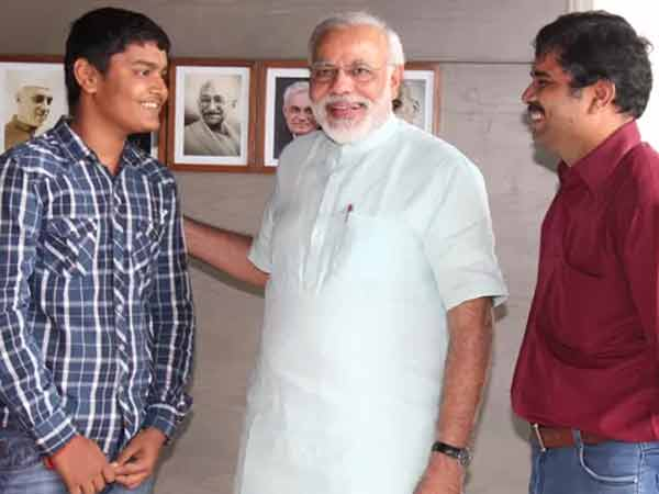 Modi Is Very Famous Than Other Because His Different Work Style