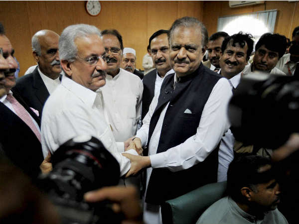 India Born Mamnoon Hussain Elected As Pak President