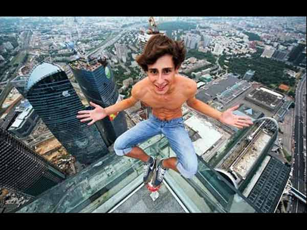 Heart Stopping Photos Russian Daredevils