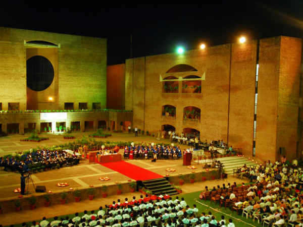 Iim Ahmedabad To Admit Fewer Engineers From