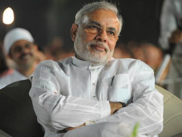 Today Narendra Modi Will Meet Tweeter Mother