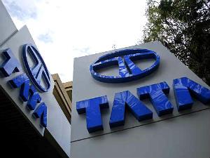 Tata Motors Will Give 1000 Jobs In Uk