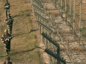 Pak Planning More Attacks On Indian Forward Posts Along Loc Army