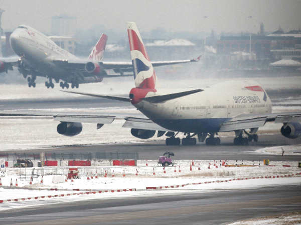 Qaida Breast Bomb Threat At Heathrow Airport In Britain