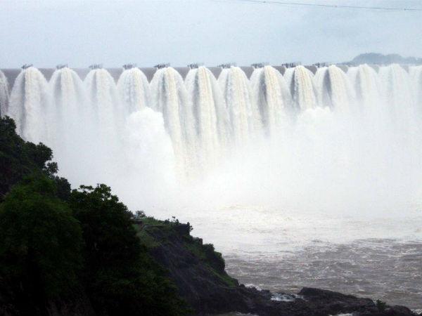 Interlinking Rivers North Gujarat Redefined Surplus Rainwater Manageme