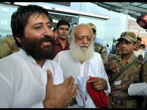 Father Of Sexually Assaulted Girl Demands Narco Test On Asaram