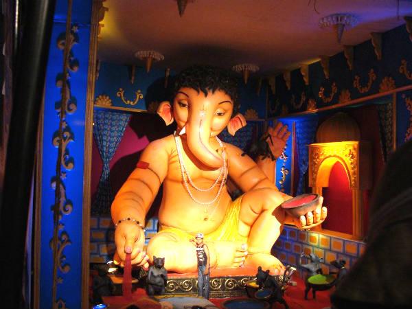 Richest Ganesh Chaturthi India