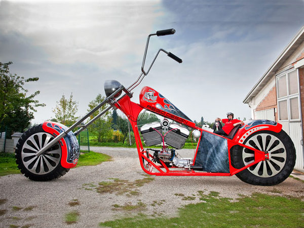 World S Largest Motorcycle Smallest Car Guinness Record
