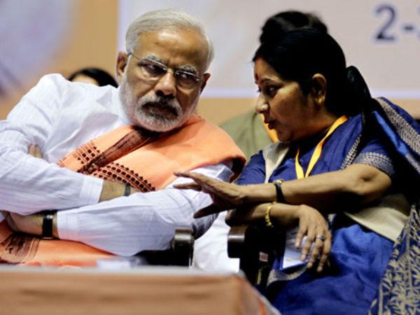 Sushma Swaraj Avoided Advani S Will On Telangana