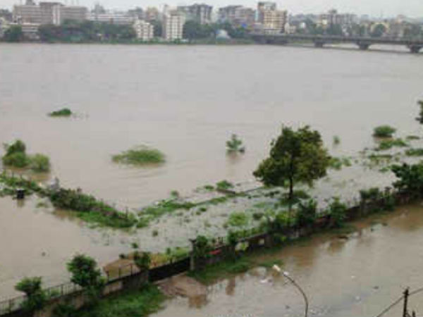 Flood Fear Surat Water Increasing In Ukai Dam