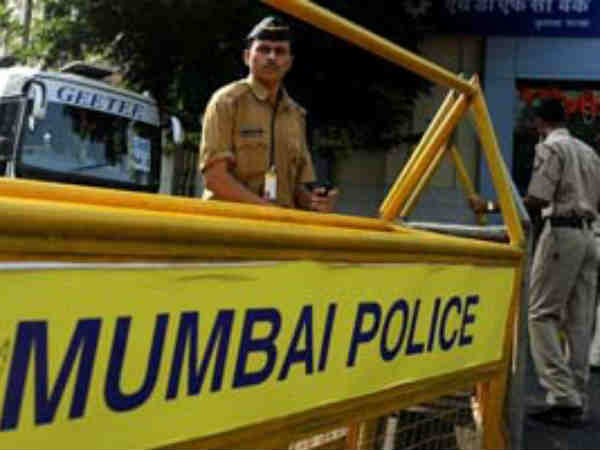 Mumbai Police Reviews Security Of Churches Malls 5 Star Hotels