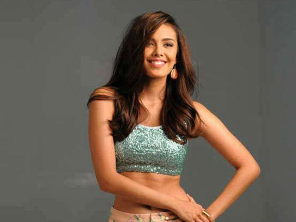 Miss World 2013 Megan Young Bold Beautiful Hot Photoshoot