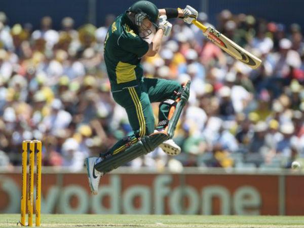 Batsman Jump Beacuse Bouncers