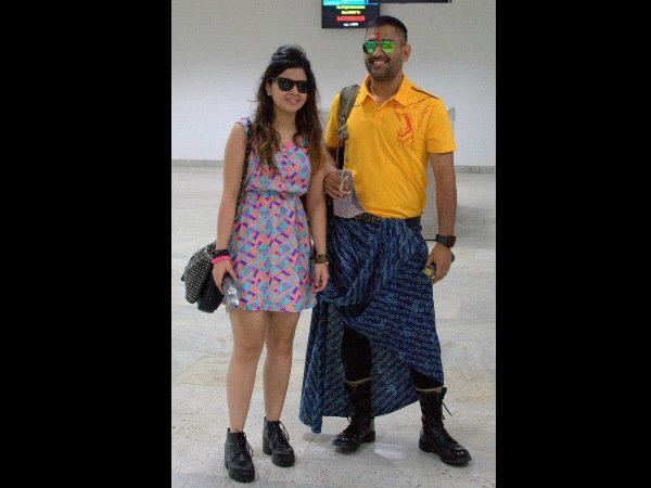 Photos Dhoni Lungi Csk Players Fancy Pyjamas