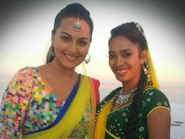 Water Wearing Sari Is Ok But No Bikini Sonakshi Sinha